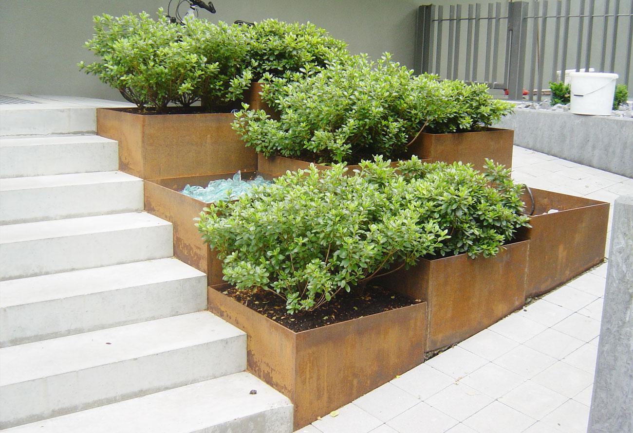 Schlosserei Baumann - Gartenaccessoires
