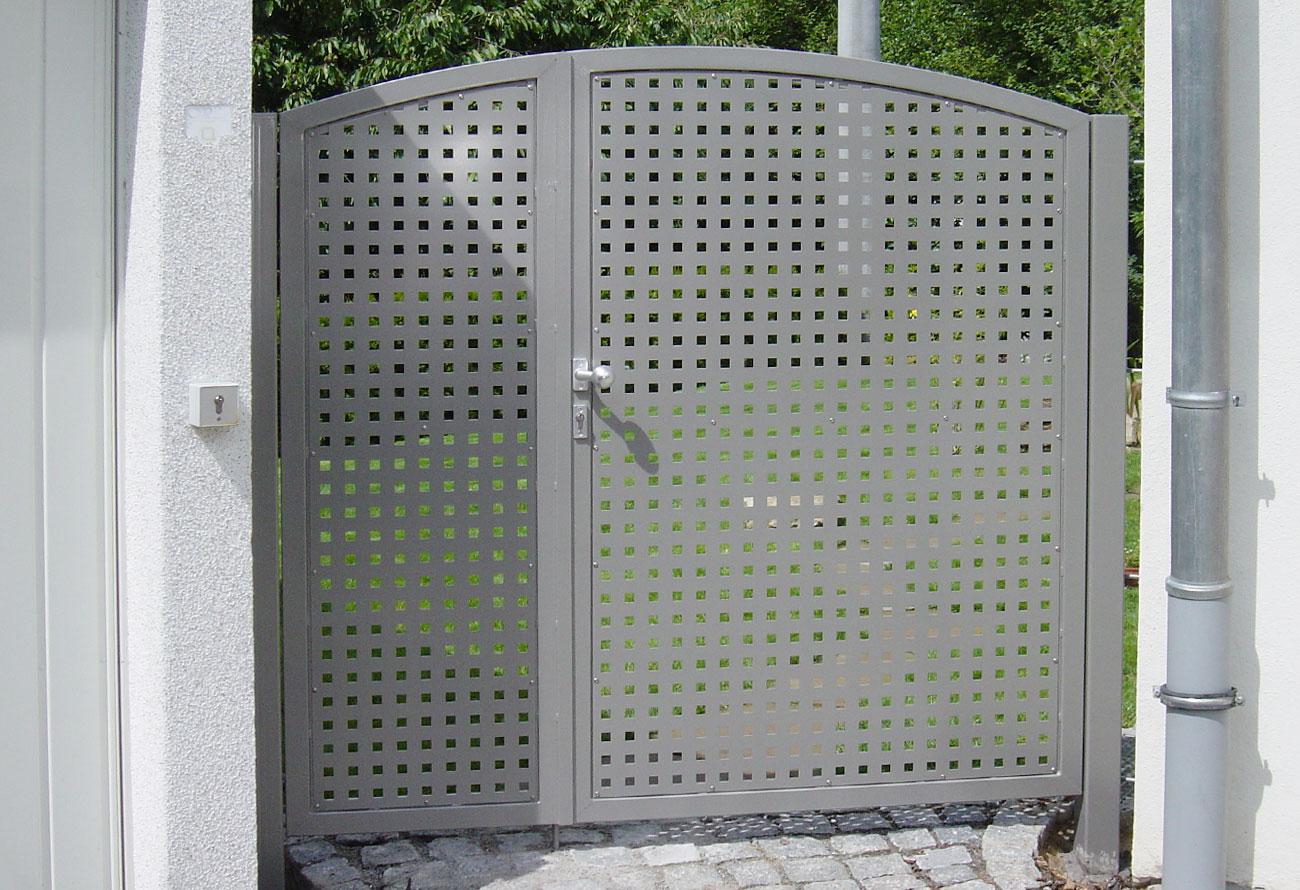 Schlosserei Baumann - Gartentore